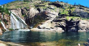 cascada-de-ezaro-verano